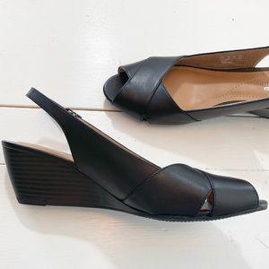 Clark's Collections Black Slingback Wedge Heels 9M